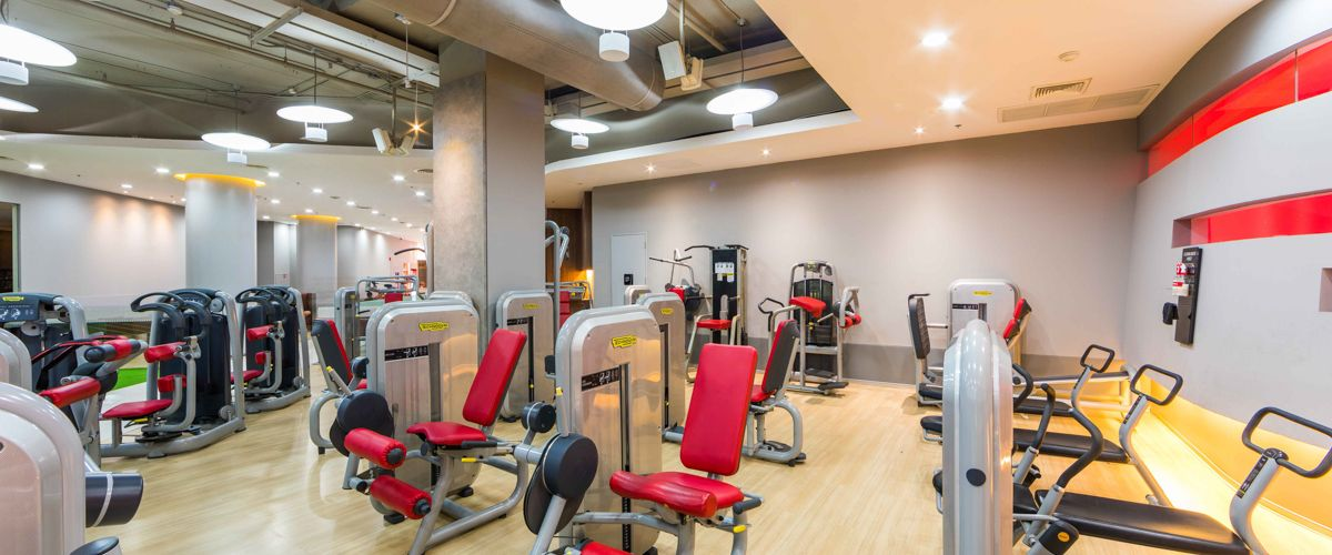 Fitness First CentralPlaza Khonkaen Machine Area