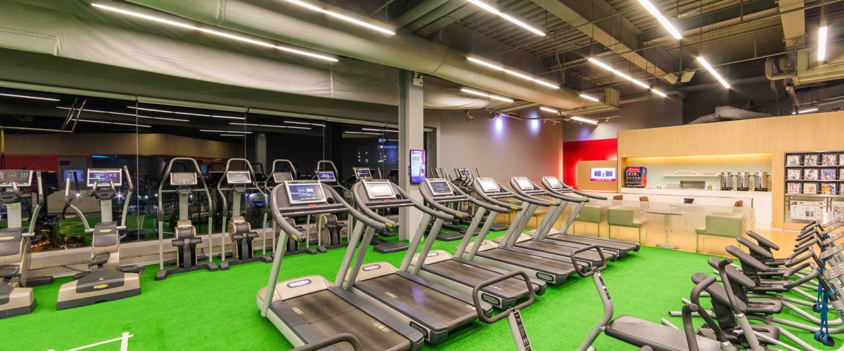 Fitness First CentralPlaza Udonthani Cardio Area